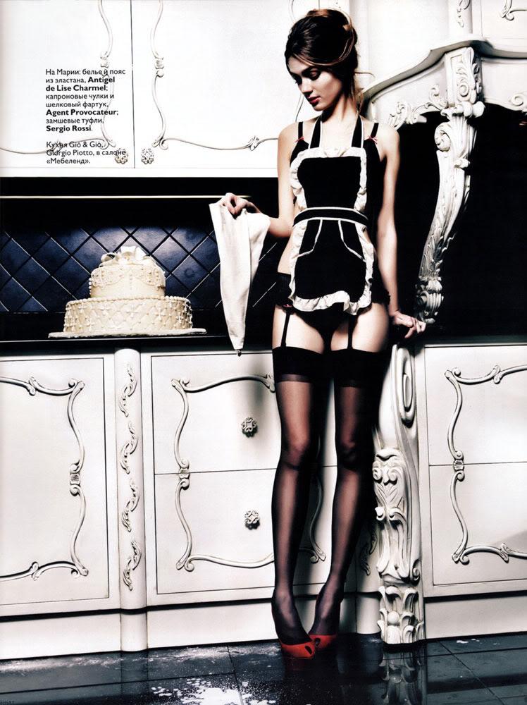 Marya Timonina in Russian Vogue January 2010-1