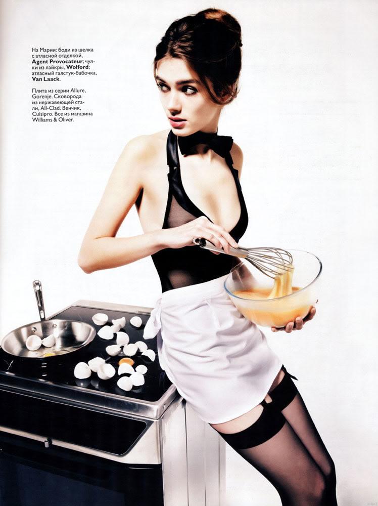 Marya Timonina in Russian Vogue January 2010-3