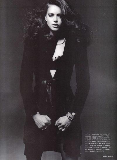 Emily Didonato - Dazzling Noir - Numero Tokyo January February 2010-1