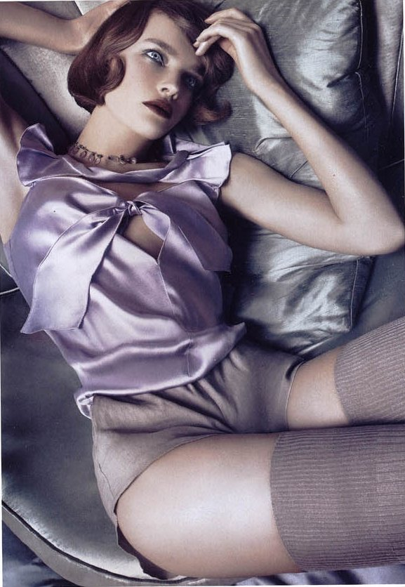 DinnerAtEight-by Steven Meisel in Vogue italia