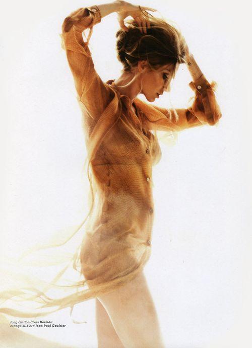 Gisele Bundchen for Muse Summer 2010 by Nino Muñoz-9