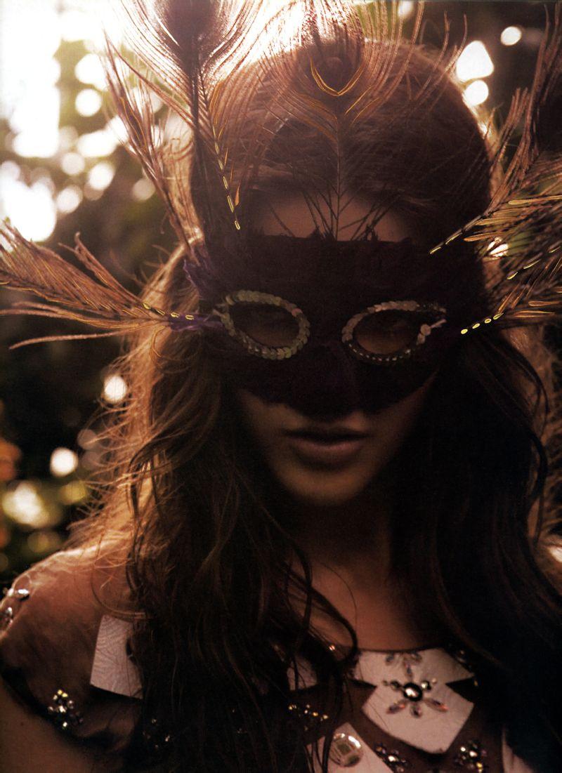 Le Jardin d'Eden-by Dusan Reljin in Numero #72