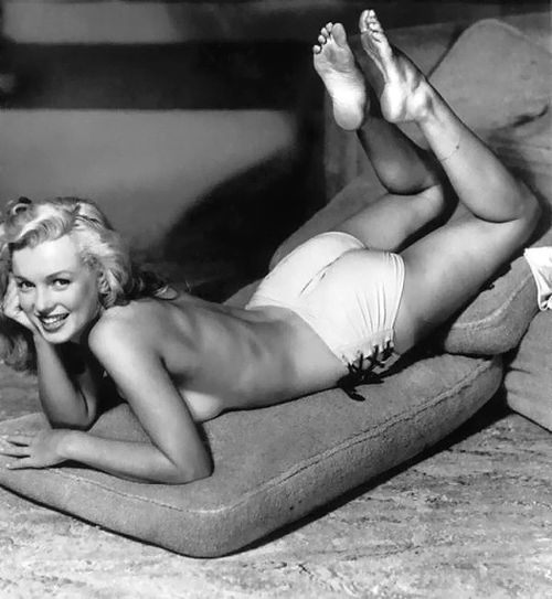 MarilynMonroeBestPics-SexySeries-Nude17