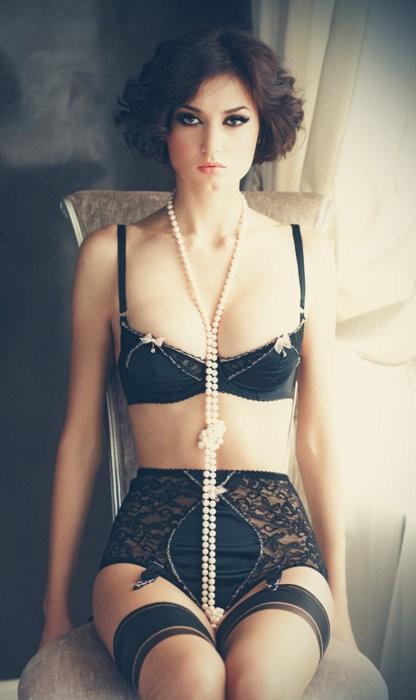 High waist pearls